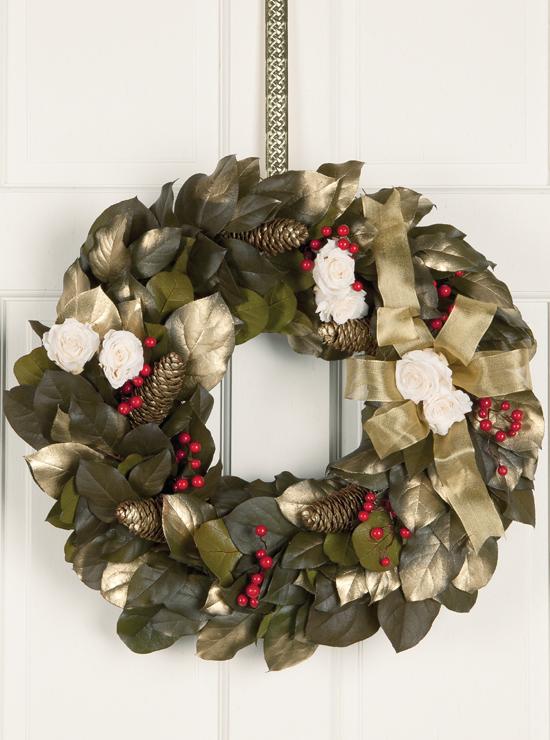 Golden Noel Wreath