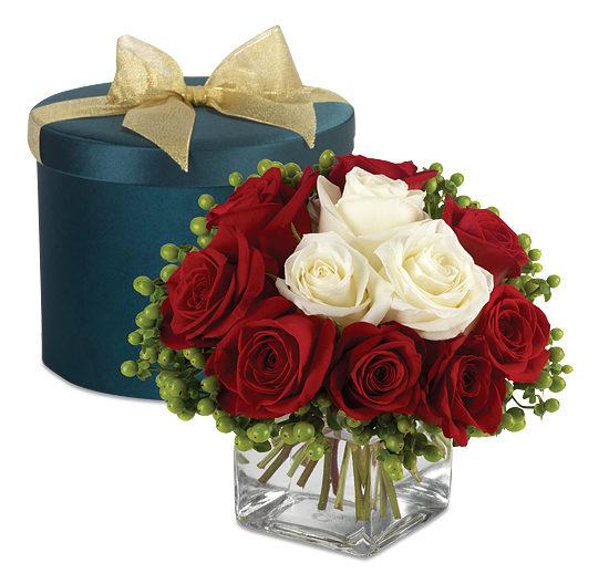 Luxury Roses & Berries Hatbox Bouquet