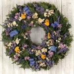 Apr - Springtime Pansy Wreath