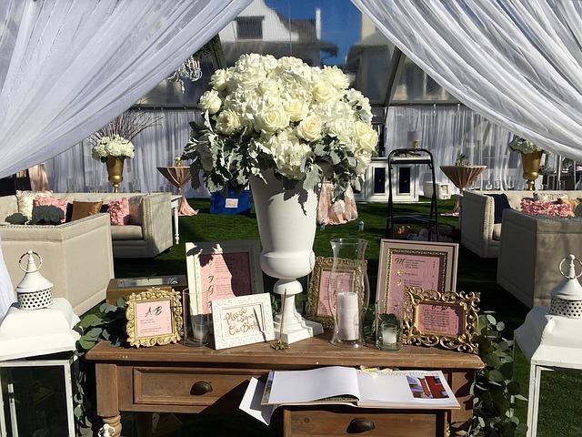 Spring Wedding Flowers 2017 - Calyx Flowers, Inc
